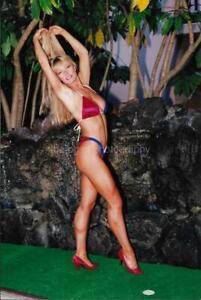 FITNESS MODEL 80's 90's FOUND PHOTO Color VERY PRETTY WOMAN Original EN 17 3 E