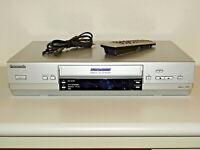 Panasonic NV-HV61 Videorecorder mit S-VHS-Wiedergabe (SQPB) inkl.FB, 2J.Garantie