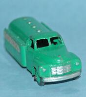 Dinky Toys MECCANO England original 1954 STUDEBAKER OIL TANKER 'CASTROL' #30pa