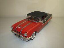 """Sun Star  Pontiac  Star  Chief  """"1955""""  (rot/schwarz)  1:18  ohne Verpackung !"""