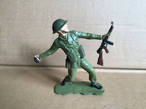 Vintage Louis Marx & Co WWll British Army Toy Soldier 5inch
