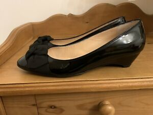 Russell Bromley Smart Black Patent Low Wedge Court Shoes Suede Bow UK7 EU40
