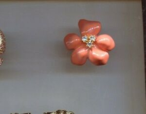 KENNETH LANE MOLDED CORAL FLOWER RING