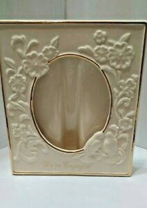LENOX WE ARE ENGAGED PICTURE FRAME 4X6 OPENING  LABEL ON BACK  EXC COND