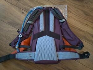 Camelbak LUXE L.U.X.E. 3L Low Rider 14 Hydration Pack, Backpack