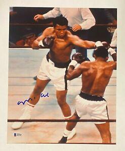 Muhammad Ali Signed 11x14 Boxing Photo Autograph Beckett BAS LOA