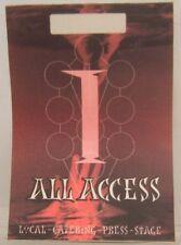 BABYFACE - ORIGINAL CONCERT TOUR CLOTH BACKSTAGE PASS