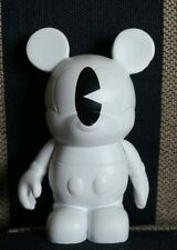 Disney Vinylmation Holiday 2 One Eyed Ghost Mickey Mouse figure Pac-Man Noble