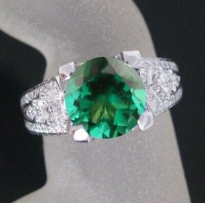 1.75 Carat Natural Zambian Emerald & White Certified Diamond Ring In 14KT Gold
