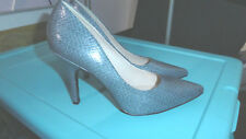 NINE WEST classic gray blue heels point toe size 8.5