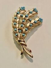 VINTAGE TRIFARI PIN BROOCH GOLD TONE W/ FAUX TURQUOISE WHEAT ? SPRAY