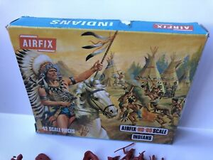 AIRFIX Indians - HO/OO 1:72 SCALE Rare Blue Box - Complete