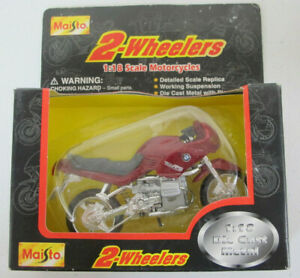 1996 MAISTO 2-Wheelers 1:18 Motorcycle BMW R1100RS Red Motorcycle
