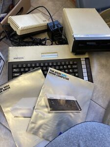 Atari 800XL Bundle with 1050 Floppy Disk Drive - Working - Very Nice Condition!
