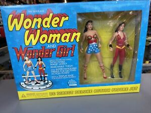 DC Direct Silver Age Wonder Woman & Wonder Girl  Deluxe Action Figures DC 2001