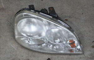 2008 Suzuki Forenza Sedan Right Headlight Lens Passenger Side RH Head Lamp