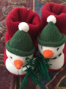 NEW Gymboree Red Snowman Slippers Christmas HOLIDAY Winter Baby Boy Girl SZ 1-2