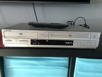 Sony SLV-D350P DVD Player / VCR VHS Recorder Combo w/ Remote- Tested