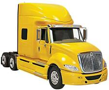 Moebius 1301 1/25 International ProStar Semi Tractor Plastic Model Kit