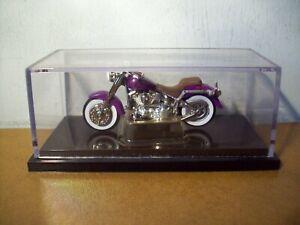 HOT WHEELS HARLEY DAVIDSON MOTORCYCLE IN PURPLE