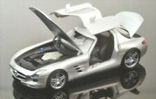 Mercedes-Benz SLS AMG (grau)
