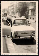 YZ0024 Torino - Auto FIAT 850 parcheggiata - Foto d'epoca - Old photo