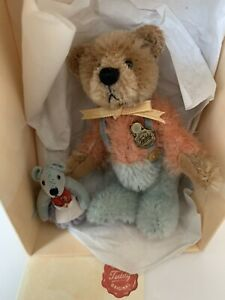 Beautiful Hermann Miniature Bear, Ltd Edition 'James' No. 0006. COLLECTORS ITEM