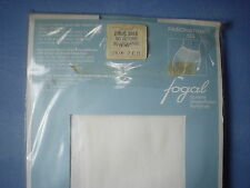 Fogal Style 133 Fascination 15 Denier Nylon/Rayon Pantyhose Size Small in White
