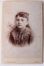 CABINET PHOTO GREMION ANGERS nommée LOUISE GUYON jeune fille F232