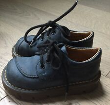 DR DOC MARTEN MADE ENGLAND Navy Blue Leather Boys Size 6