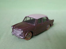 DINKY TOYS 531 FIAT 1200 GRANDE VUE - BROWN METALLIC 1:43 - GOOD CONDITION