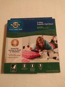 Cat Door 2-Way Locking Interior Flap Opening Transparent Enclosure New