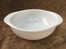 """Vintage Pyrex Plain White 1.5 qt. 8"""" Round Handled Casserole"""