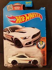 2016 Hot Wheels #121 - Muscle Mania 1/10 : '15 Ford Mustang GT