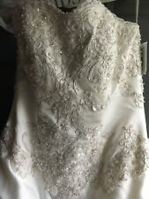 Ivory Wedding Dress With Silver And Beading And Long Back.disney Belle Like Dres