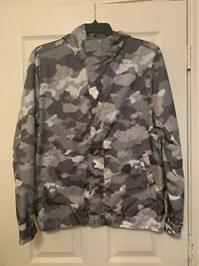 NWT MSRP $148 Calvin Klein Hooded Gray Lightweight Camo Jacket Size XS