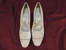 Womens NATURALIZER Cream Heels Size 8.5 wc 12225