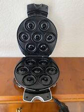 Donut Maker für 7 Mini-Donuts Silber mit Kontrollleuchte