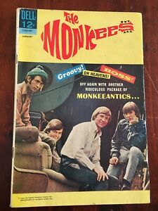 THE MONKEES   No 8 BY DELL PUBLICATIONS FINE  (6.0) 1968