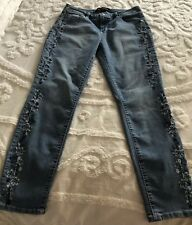 Catherine Malandrino NWOT Ankle Crop Sz 8 Embroidered Jeans Stretch Floral