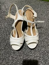 New Look Sandals Size 8 White