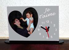 Horloge de bureau personnalisée 1 coeur photo sur fond couleur gris avec texte