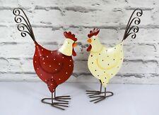 Hühner 2'er Set Hennen Huhn mit Punkten Metall 16-25cm Dekoration Osterdeko