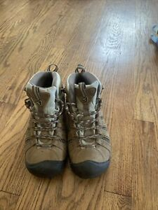 womens keen hiking boots size 7