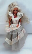 Poupée Barbie MATTEL 1976 - robe de soirée avec bague boucles d'oreilles collier