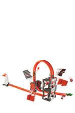 NEW Hot Wheels Trackbuilder Crash Kit