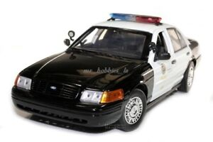 2001 FORD CROWN VICTORIA LADP LOS ANGELES POLICE DEPT BLK/WHT 1/18 BY MOTOR MAX
