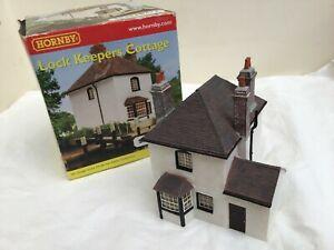 OO GAUGE Hornby Skaledale - R8654 Lock Keepers Cottage        BOXED