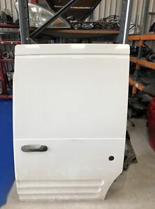 FORD TRANSIT CONNECT 2002-2012 PASSENGER SIDE LOADING DOOR LOW ROOF WHITE