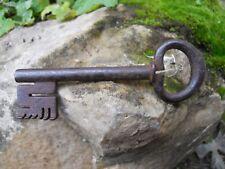 Ancienne clef clé en fer acier forgé 18e Antique Iron key Chiave Antica Old Key